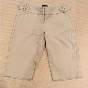 The Limited exact stretch bermuda shorts